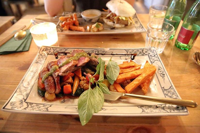 Eendenborst in Umami Restaurant Berlijn