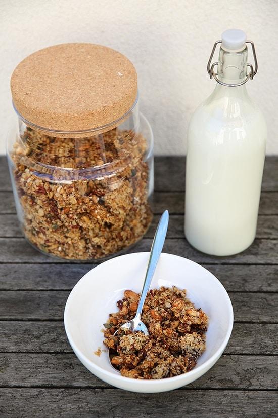Granolarecept - Granola met noten en honing - door AGMJ