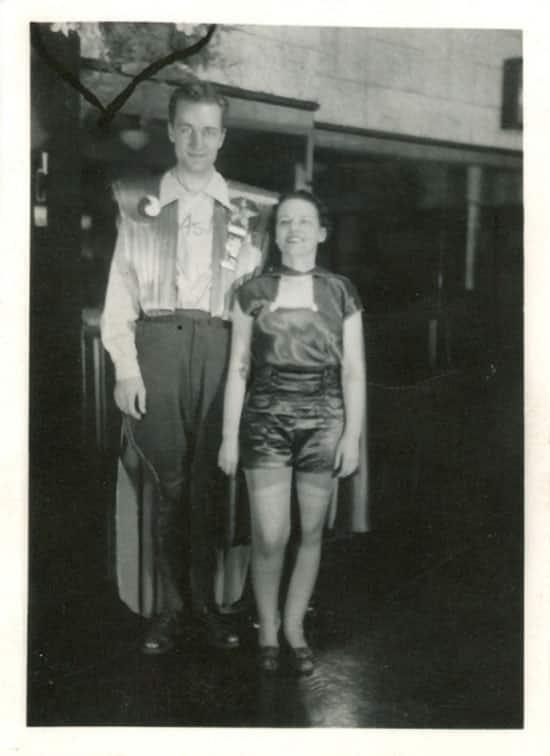 Forrest J. Ackerman en Myrtle R. Douglas tijdens Worldcon - Wat is cosplay - door AGMJ