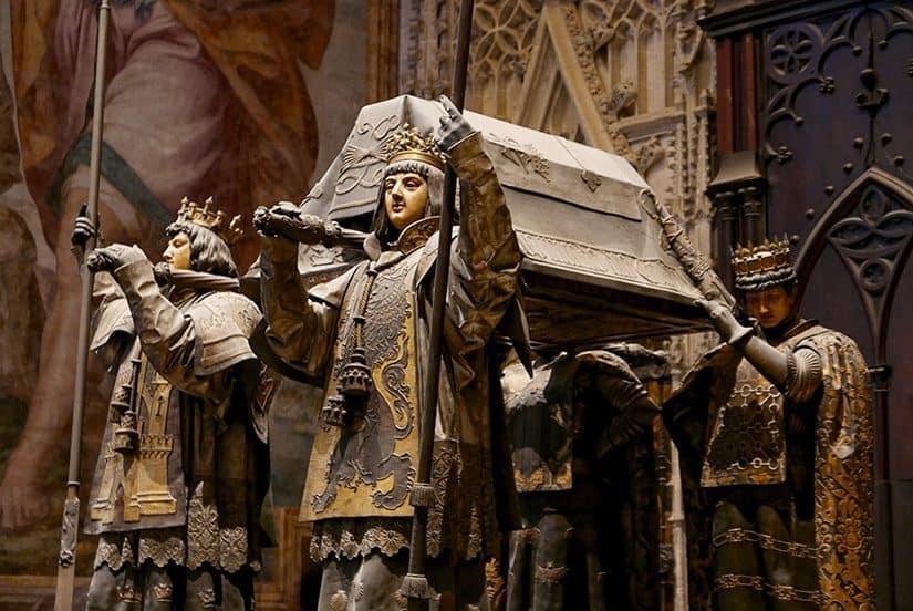 Citytrip Sevilla Bezienswaardigheden - Praalgraf van Christoffel Colombus in de Catedral de Santa María de la Sede - door AGMJ
