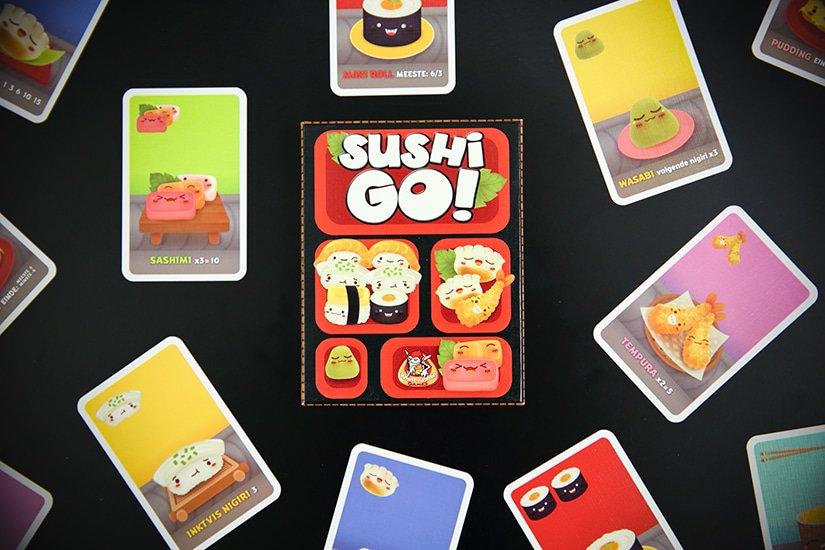 Kaartspel review - Sushi Go - card game review - maak sushicombo's als een pro - door Laurens M - via AGMJ - H