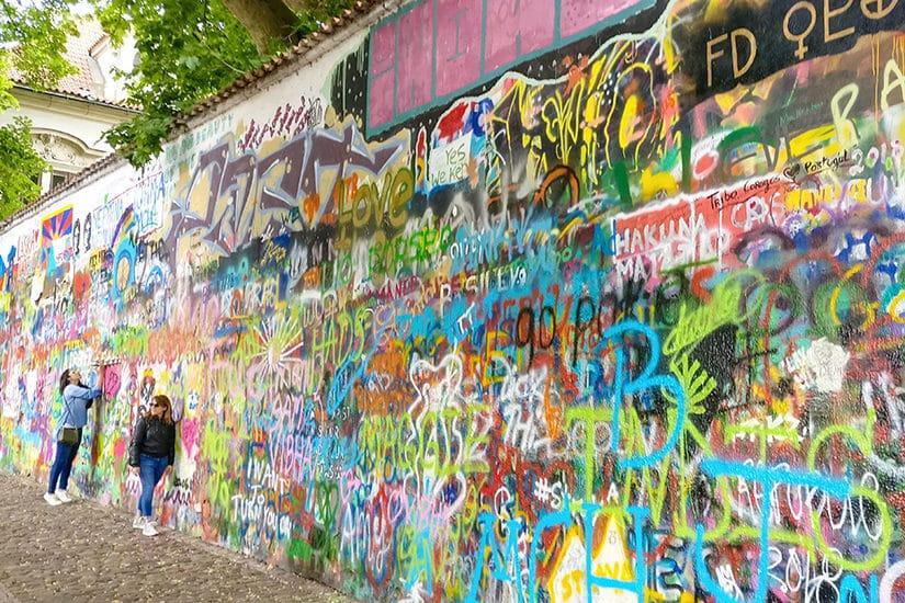 John Lennon Wall - Malá Strana - Citytrip Praag bezienswaardigheden - Reistips van Laurens M - via AGMJ.be - 66