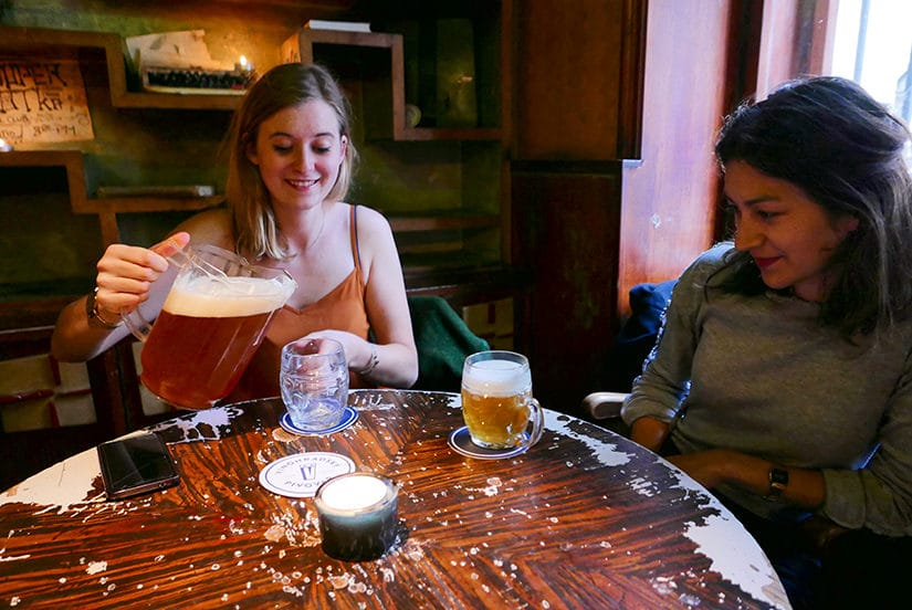 Pub in Žižkov - Citytrip Praag bezienswaardigheden - Reistips van Laurens M - via AGMJ.be - 244